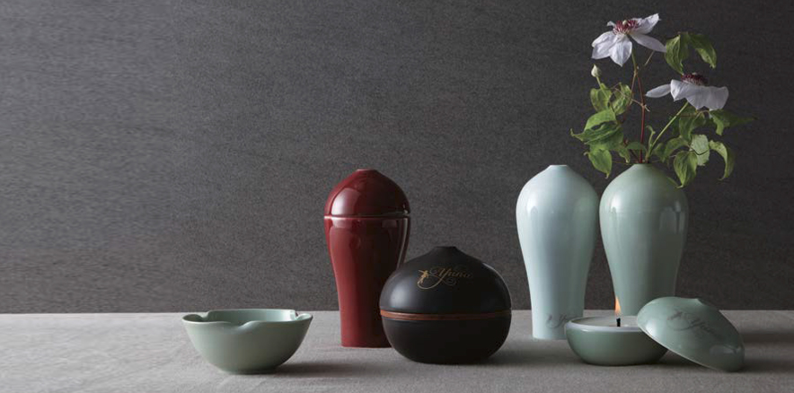 Collection with Artificial Pottery